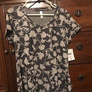 LuLaRoe Small Classic T Jacquard fabric